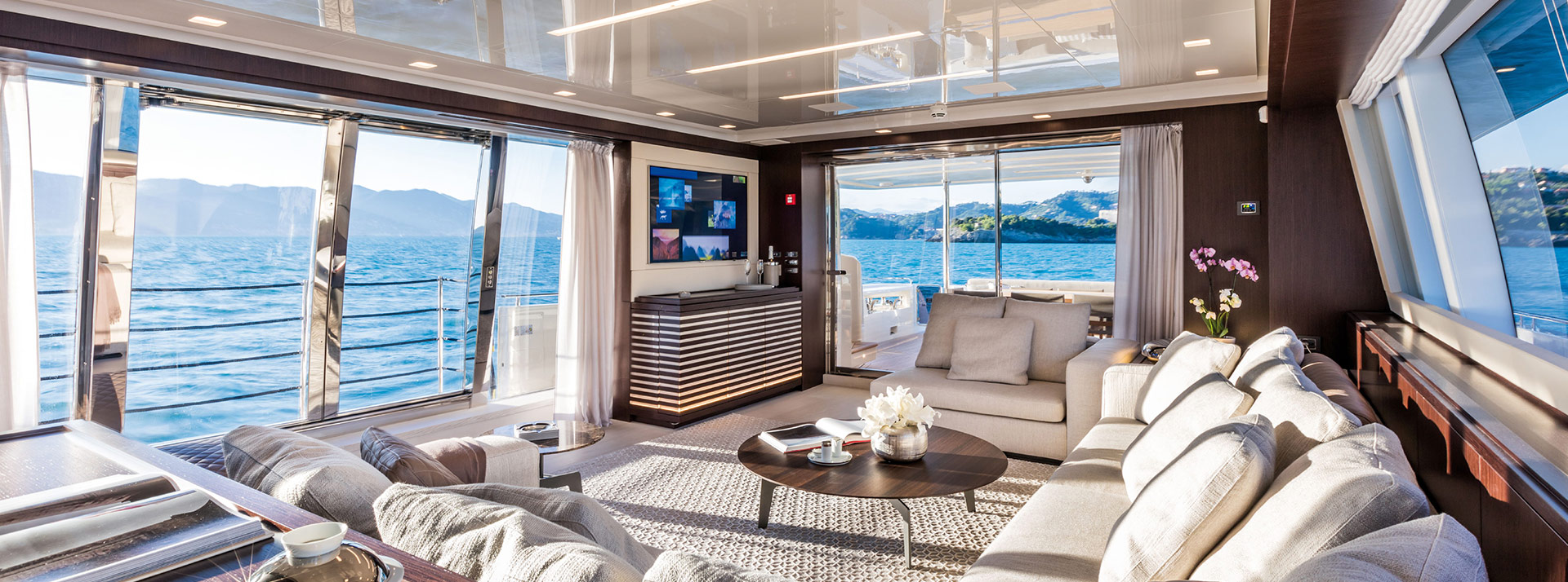 VVIP-travel-yacht-charter-interior-4